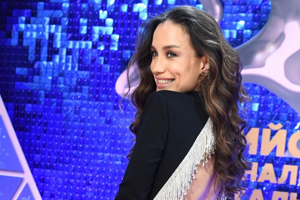 Виктория Дайнеко на премии «Виктория»