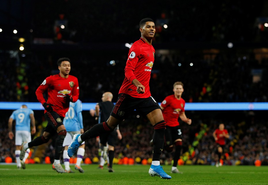 Манчестер сити манчестер юн запись матча 2 3