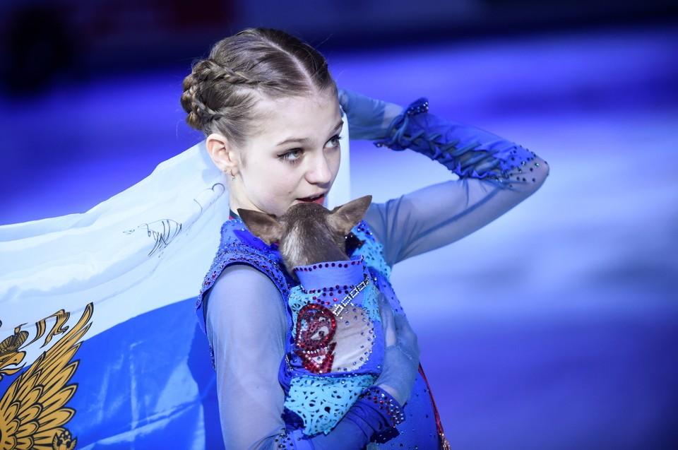 15-летняя Александра Трусова завоевала бронзу в финале Гран-при 2019 по фигурному катанию