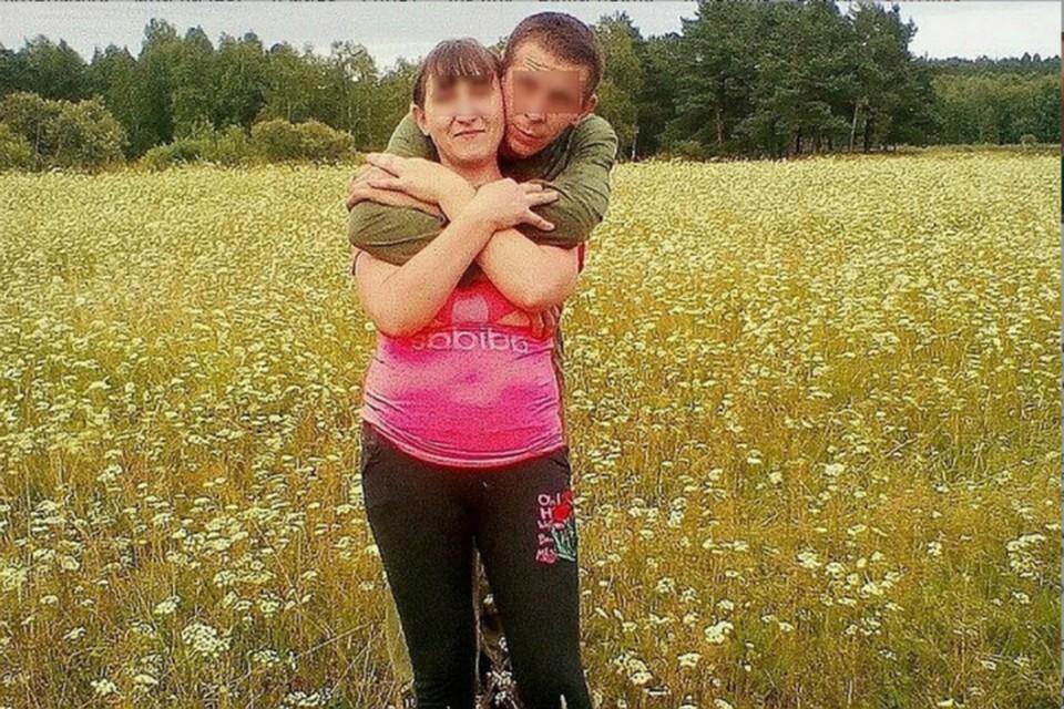 Буквально за несколько дней до трагедии мать погибшего мальчика выкладывала вполне безмятежные фото в обнимку с сожителем.