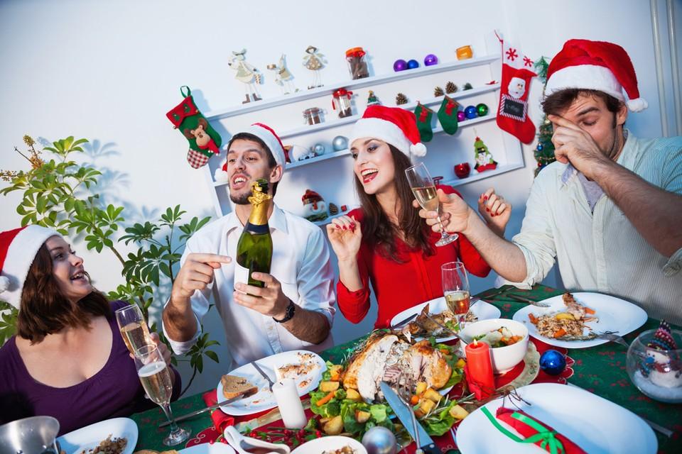 Почему Новый год остался единственным ритуалом, объединяющим народ, который раздирают противоречия?