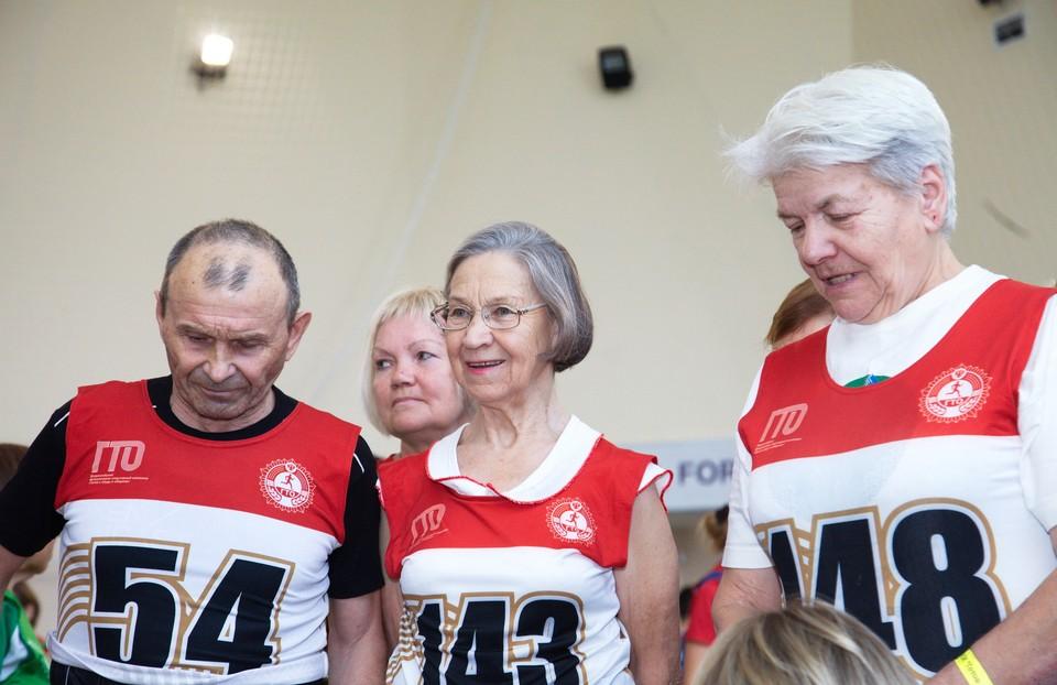 В Югре систематически занимаются физической культурой и спортом более 22 тысяч человек старше 55 лет. Фото с сайта ugrakor.ru
