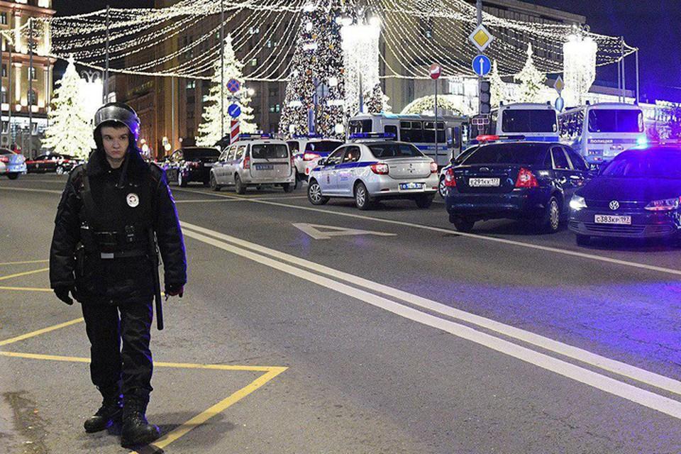Евгений Манюров, вечером, 20 декабря открыл стрельбу в центре Москвы