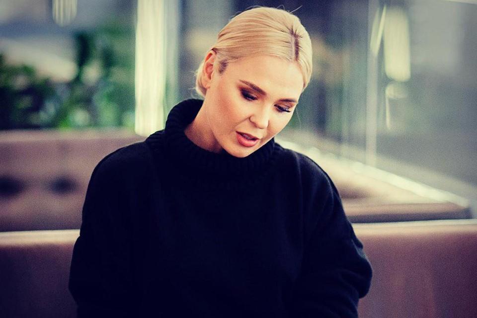 Певица Пелагея тяжело переживает развод с Иваном Телегиным