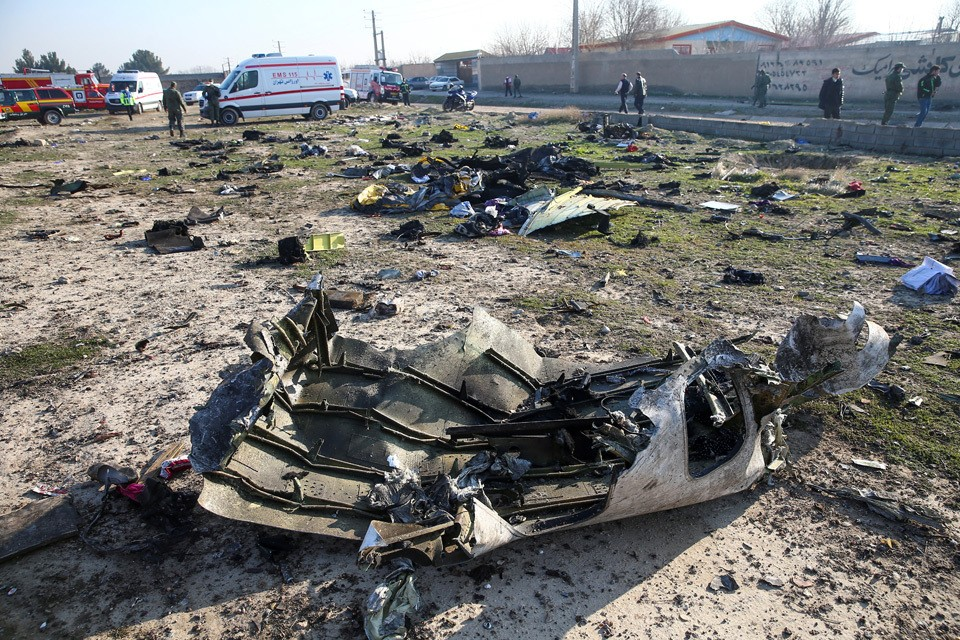"""На борту разбившегося в Иране украинского """"Боинга"""" были студенты из Канады."""