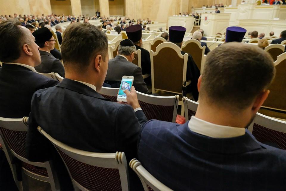 Санкт-Петербург. Во время заседания конституционного суда.