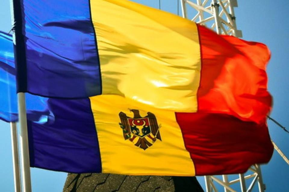 Румынские гости критикуют молдавских политиков.