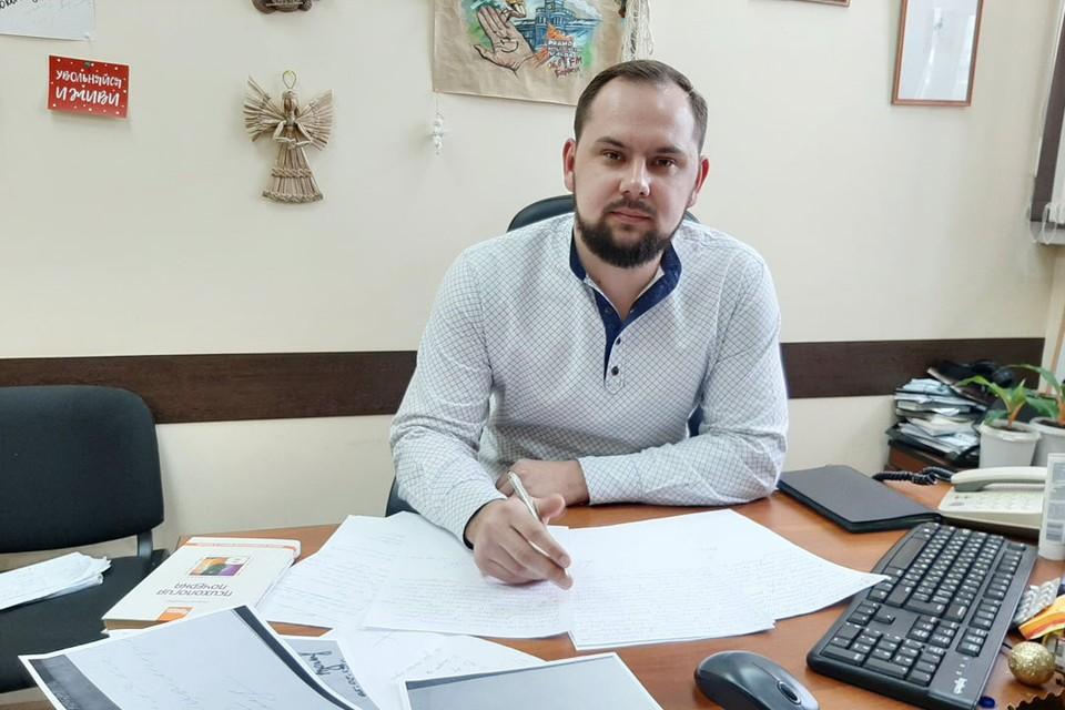 Алтайский почерковед и графолог Юрий Решетов
