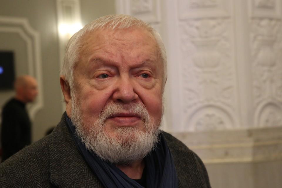 Помощник Сергея Соловьева: «Счета режиссера не арестованы, и квартиру за долги не отняли»
