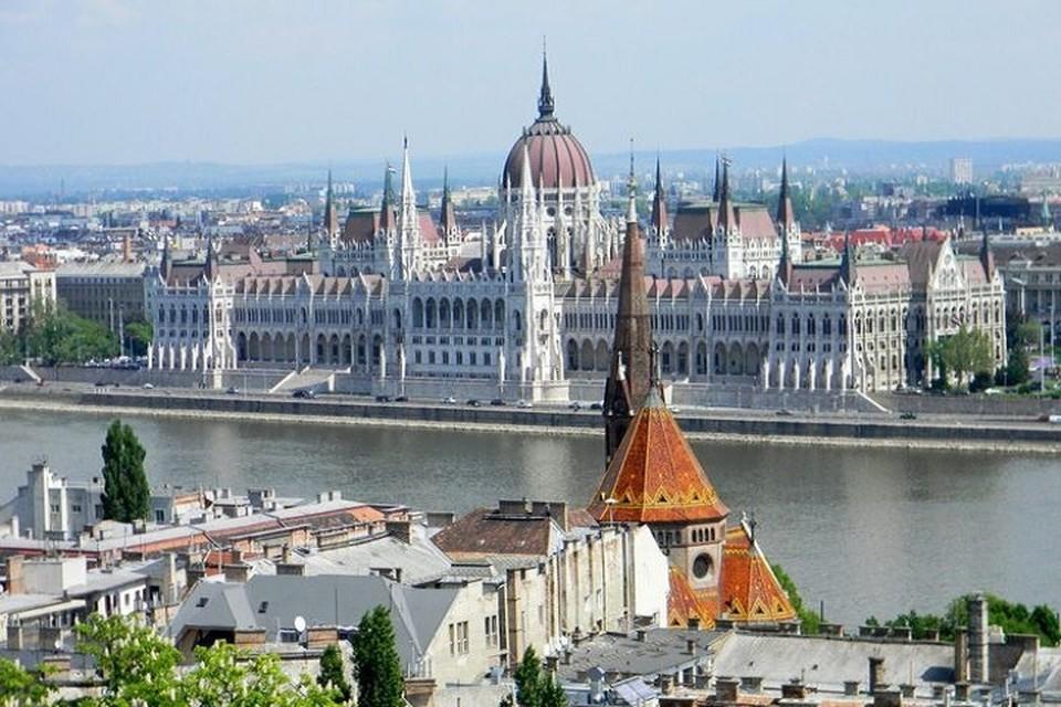 Правительство Венгрии выделило 40 стипендий для учащихся из Молдовы. Фото: liveinternet.ru