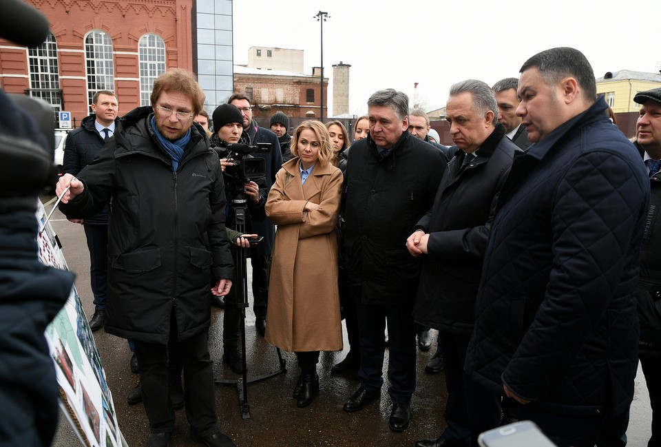 Губернатор Игорь Руденя и Виталий Мутко посетили территорию Морозовского городка в Твери Фото: ПТО