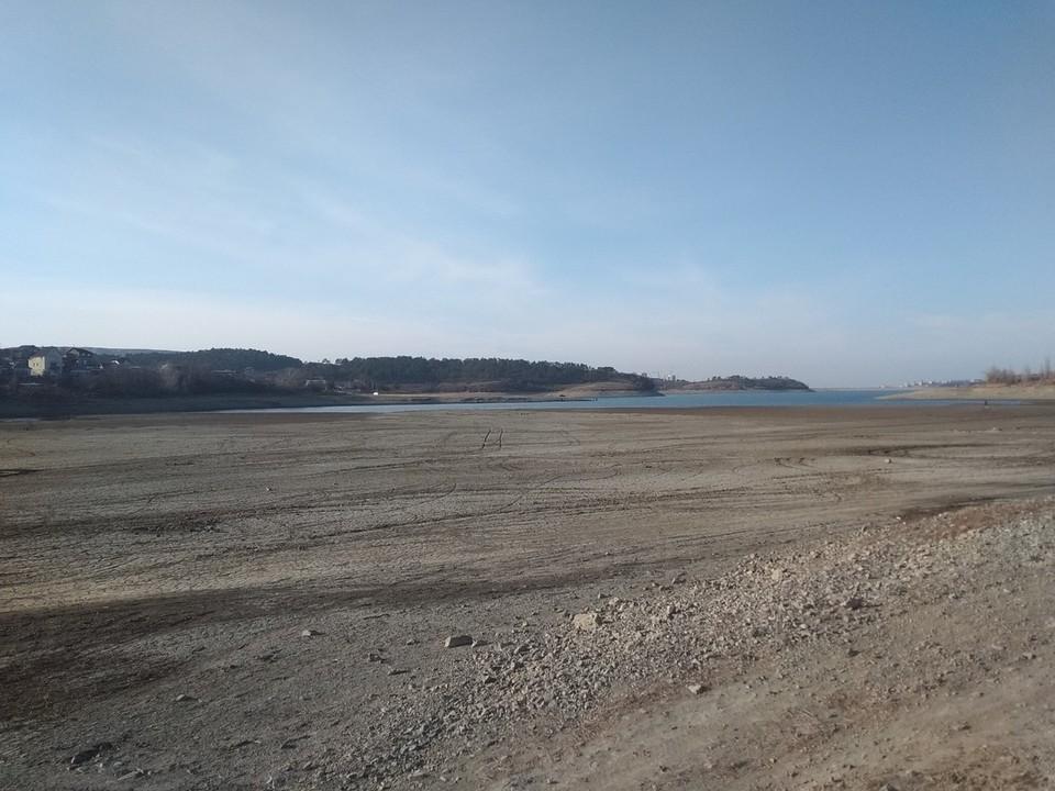 В Симферопольском водохранилище воды осталось на 100 дней