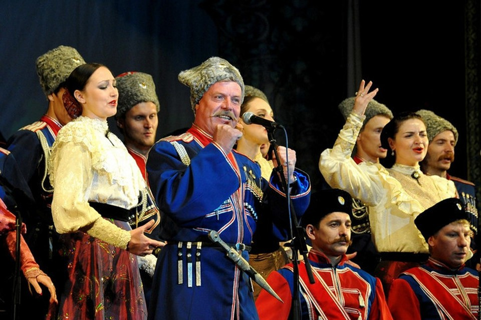 Под Краснодаром в ДТП разбился артист Кубанского казачьего хора Валерий Медведев