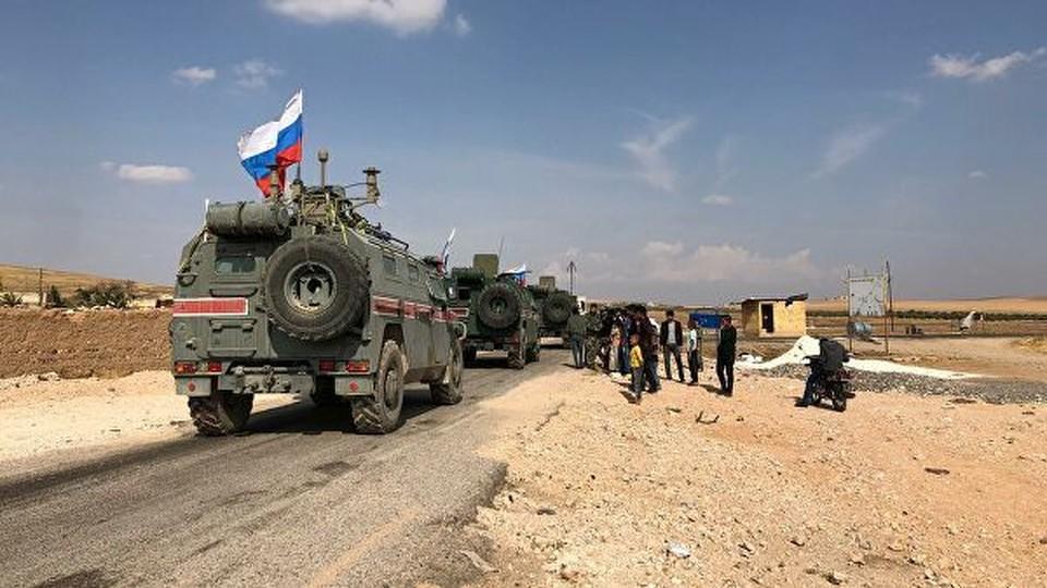 В Сети появилось видео инцидента с участием бронемашин РФ и США в Сирии
