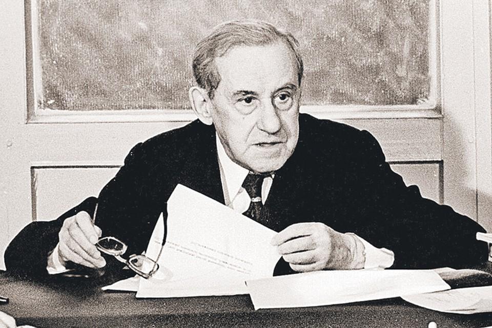 Профессор Розенталь был одним из самых выдающихся советских лингвистов.