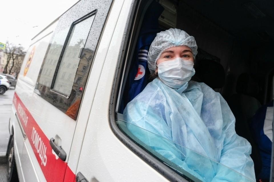 Жительница Миасса сопротивляется медикам и не садится на карантин.