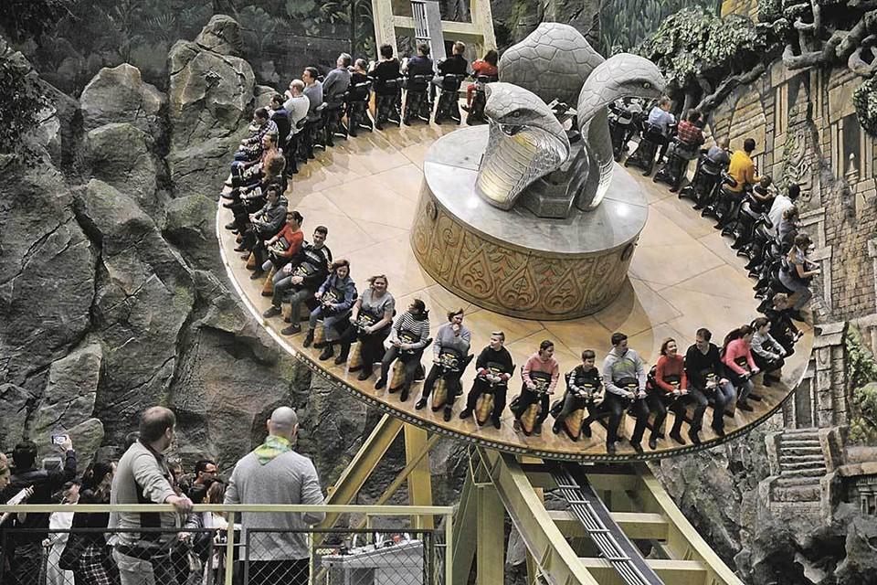 Новый парк развлечений «Остров мечты» уже успели посетить сотни москвичей.