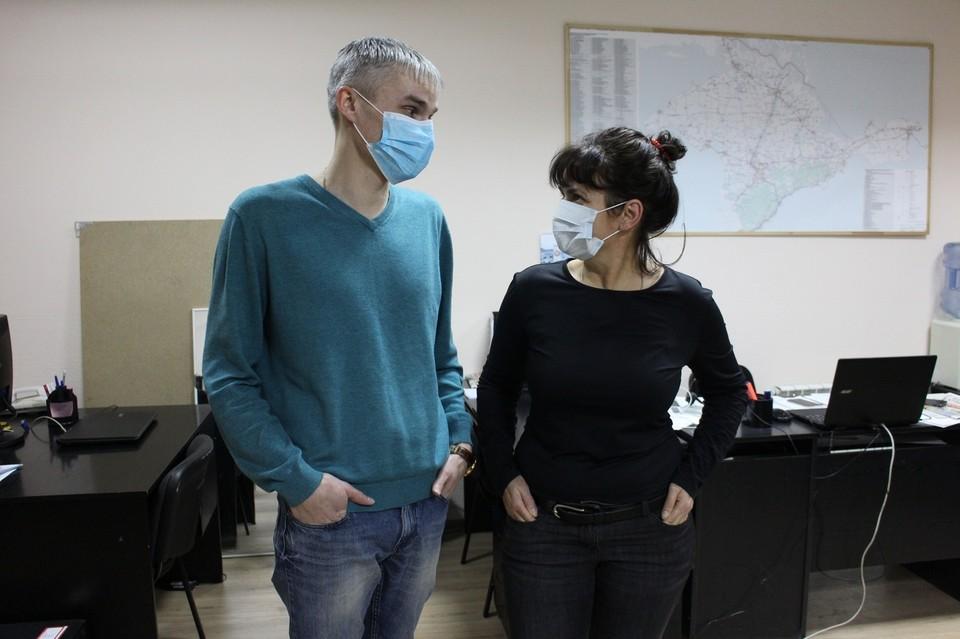 Работодатели обязаны каждый день измерять температуру у своих подчиненных.
