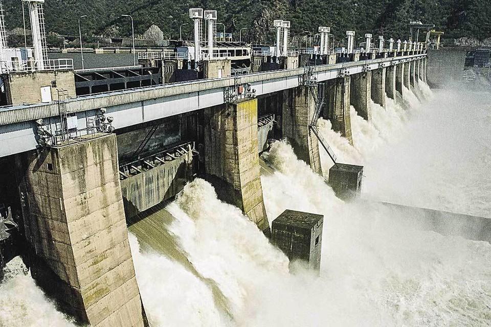 Одну из крупнейших в Европе ГЭС «Железные ворота» мы возводили на границе двух соцстран - Румынии и Югославии. Фото: eps.rs
