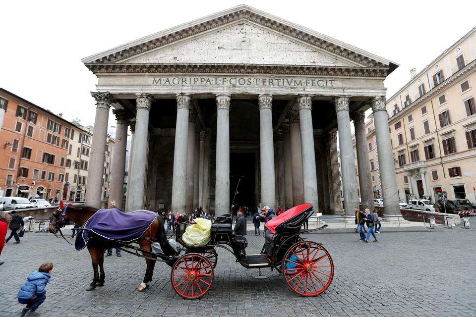 Коронавирус в Италии: число умерших побило новый суточный рекорд