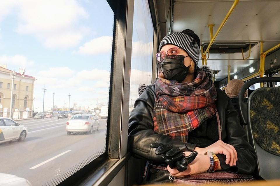 Смольный решает, по какому графику будет работать транспорт на нерабочей неделе с 28 марта по 5 апреля 2020 года в Санкт-Петербурге.