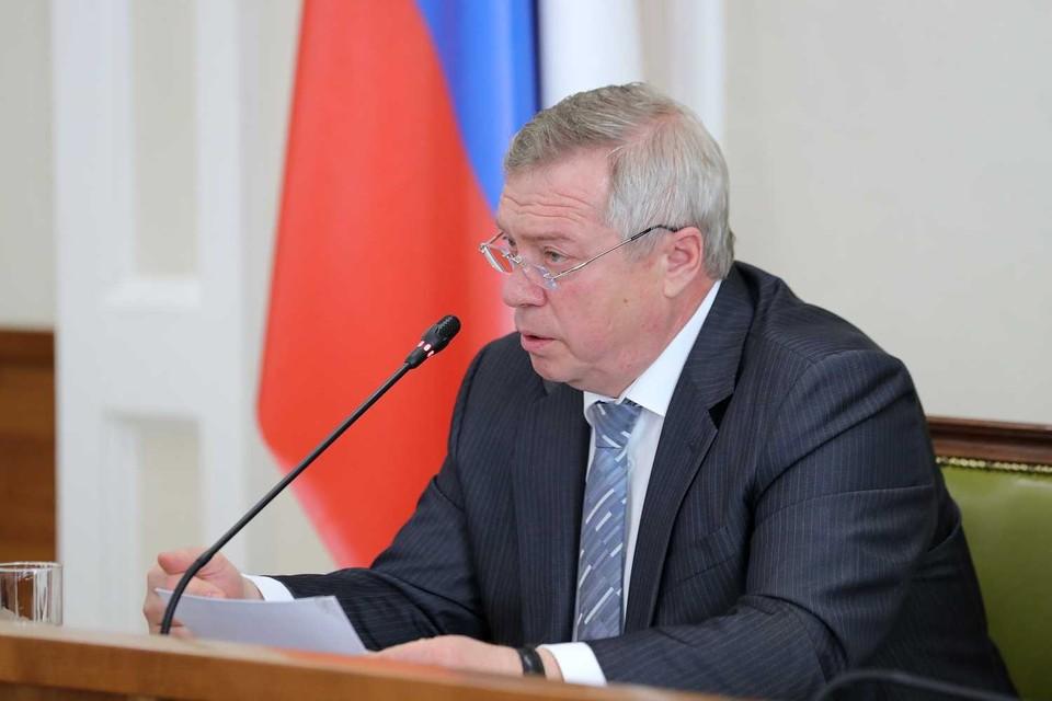 Губернатор Василий Голубев побывал на месте ЧП. Фото: Правительство РО.