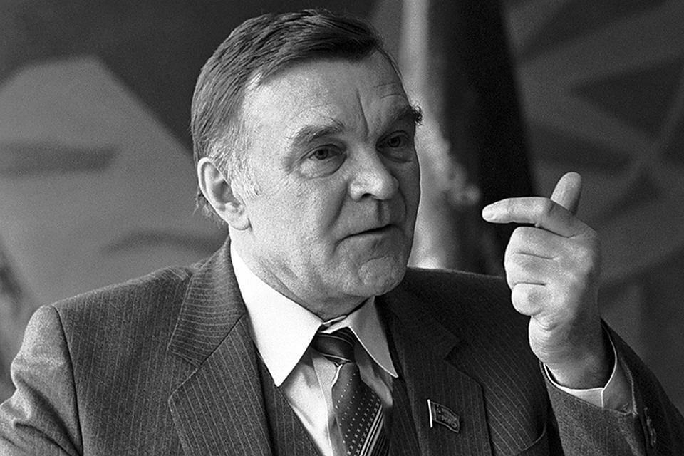 Юрий Бондарев. Фото: фотохроника ТАСС