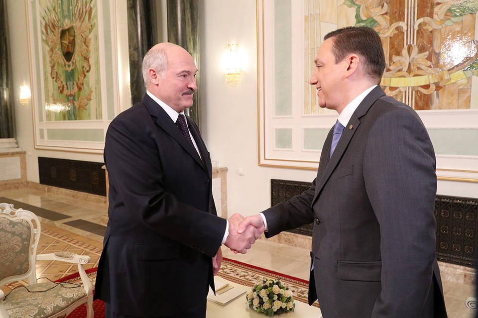 Александр Лукашенко дал интервью Межгосударственной телерадиокомпании «Мир». Фото: БелТА