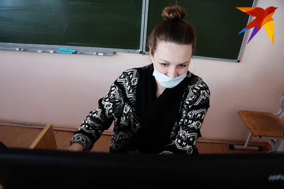 Продлевать весенние каникулы из-за коронавируса в Беларуси не будут.
