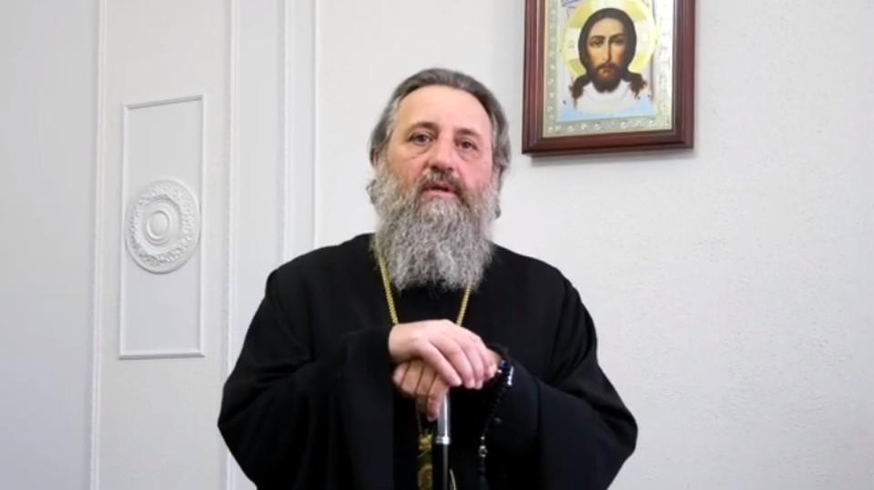 Архиепископ Калининградский призвал горожан молиться о врачах.