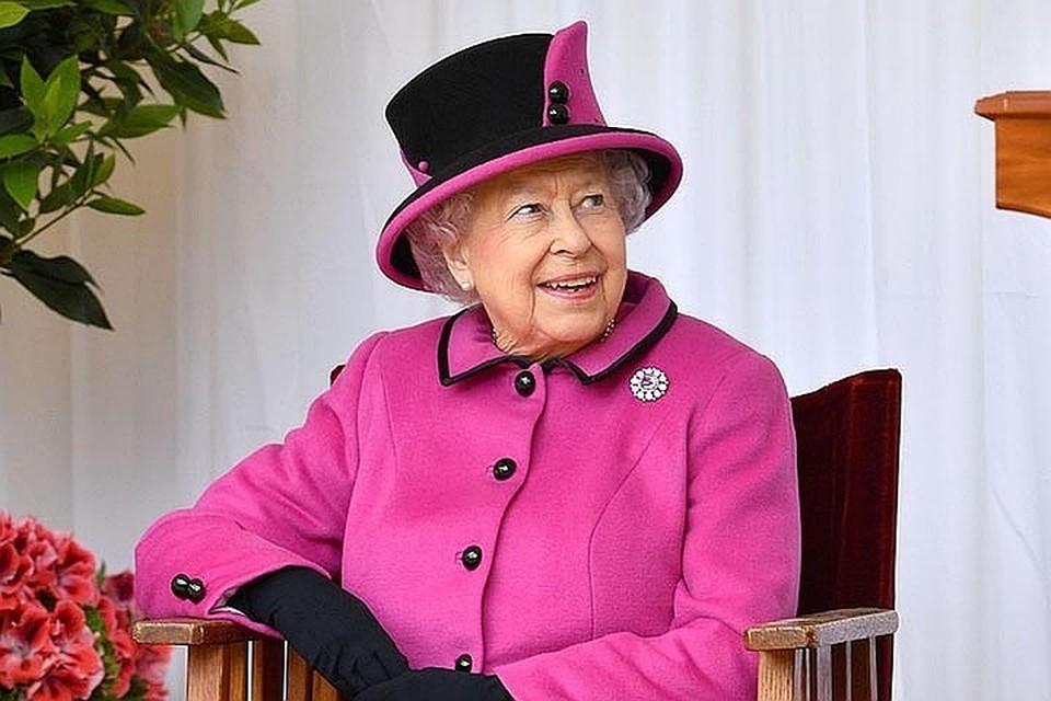 Изначально вручение королевского подаяния должно было пройти 9 апреля, в Страстной четверг, в церкви Святого Георгия в Виндзорском замке.