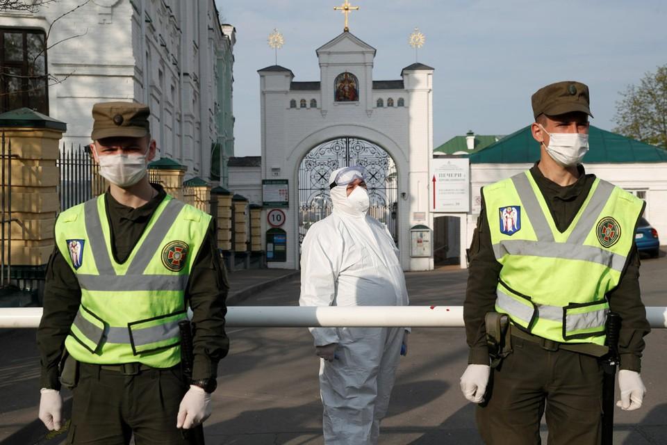 Все основные храмы в Киеве закрыты на карантин.
