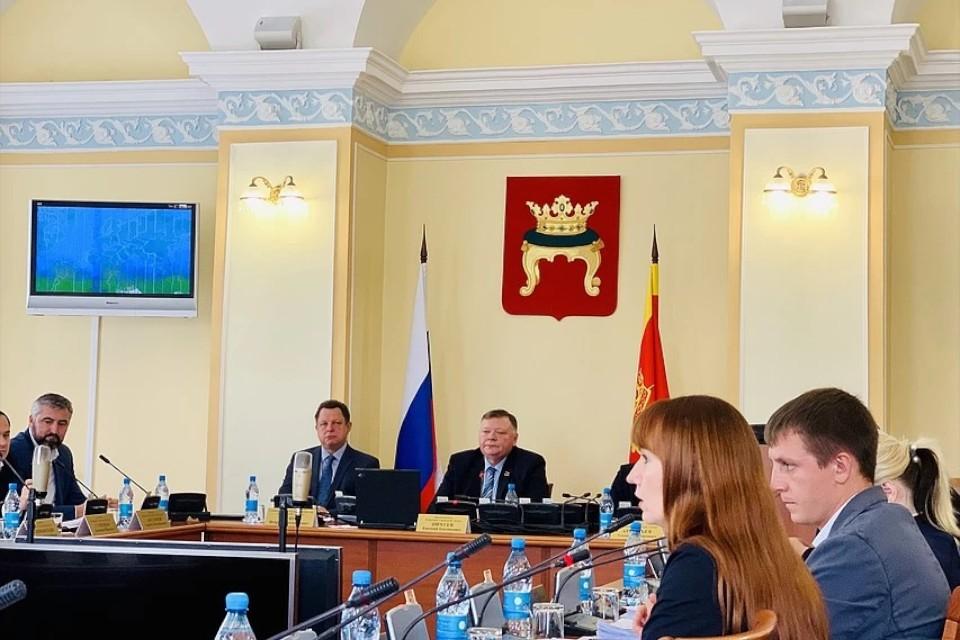 Тверские депутаты рассекретили в декларациях свои доходы за 2019 год.