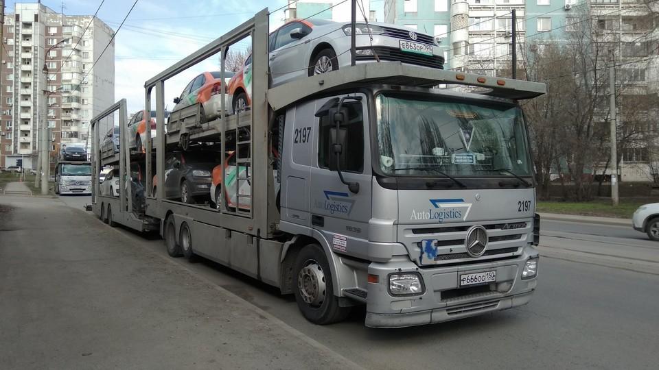 В соцсетях появились фото машин, которые привезли в Самару