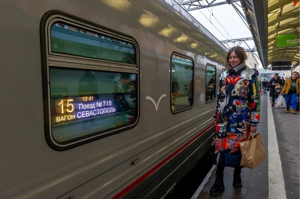 С 23 декабря 2019 года поездами «Таврия» успели воспользоваться 195 тысяч человек.