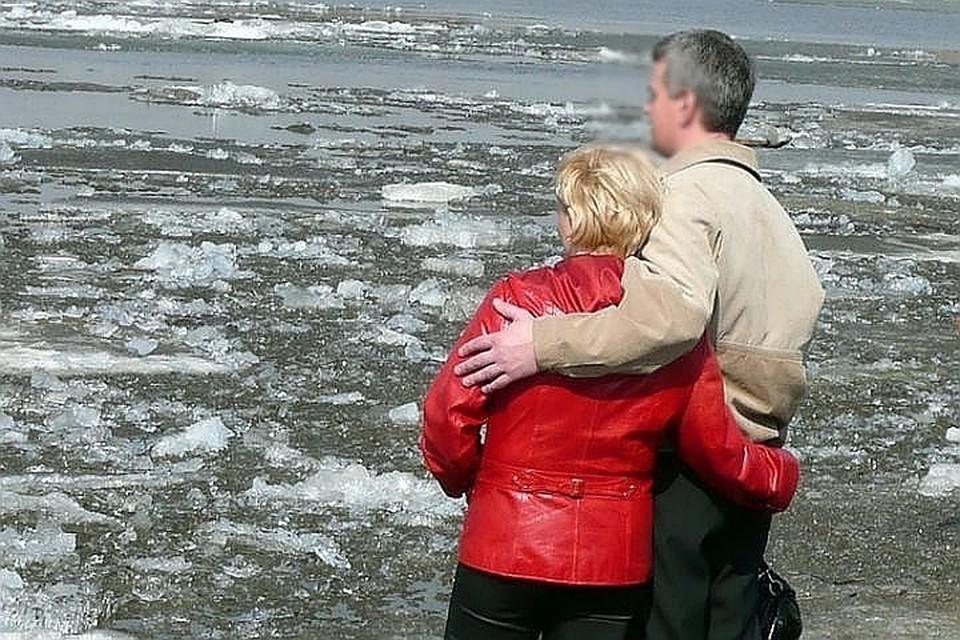 На Ямале раньше срока начался ледоход