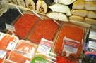 Скандал с душком: действительно ли чиновники подарили ветерану в ЗАТО Александровск тухлые рыбу и икру