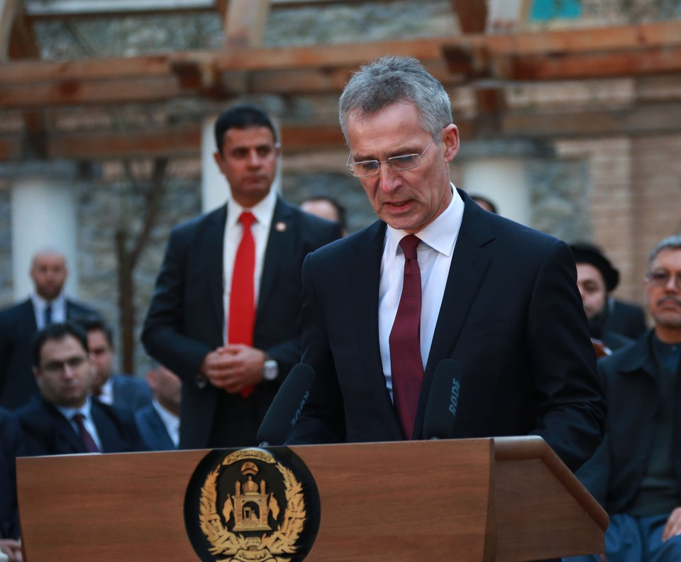 Генсек НАТО обвинил Россию и Китай в дезинформации