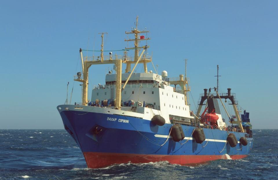 Экипажи двух мурманских судов больше полугода были на промысле у берегов Западной Африки.