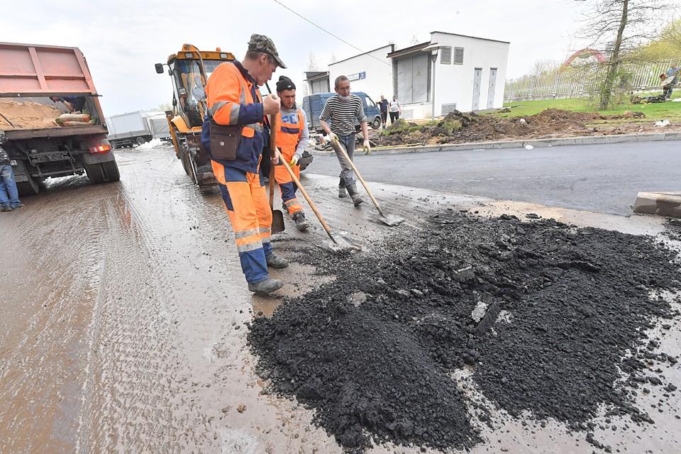 Бесконечный ремонт — основная статья дохода многих дорожных компаний. Так что для них долговечность покрытия — скорее недостаток