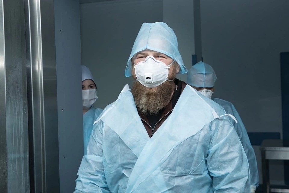 Кадыров мог заразиться COVID-19 во время посещения Республиканской клинической больницы в Грозном