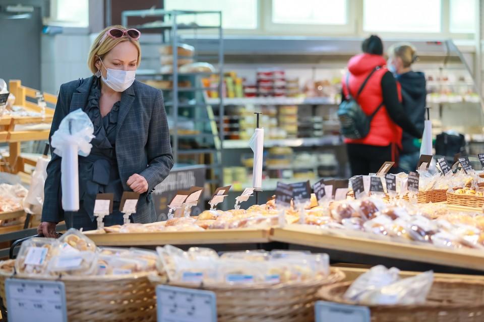 Покупателей без масок в магазины с 28 мая 2020 года не впускают