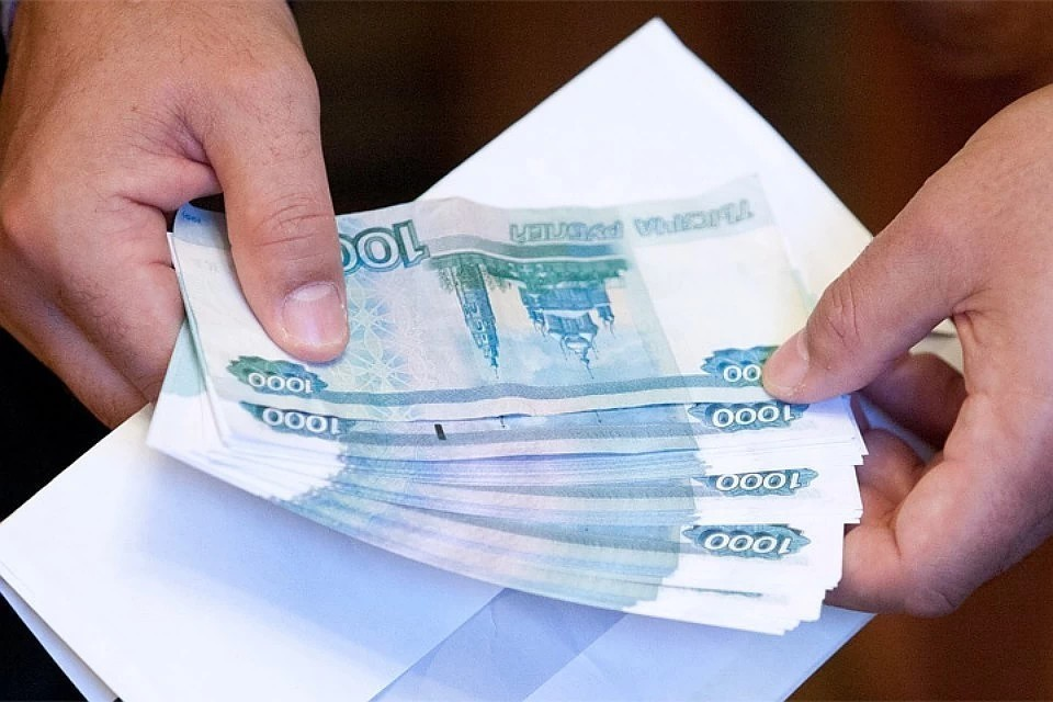 На надбавки сотрудникам детдомов и школ-интернатов из областного бюджета выделят 16,6 млн рублей