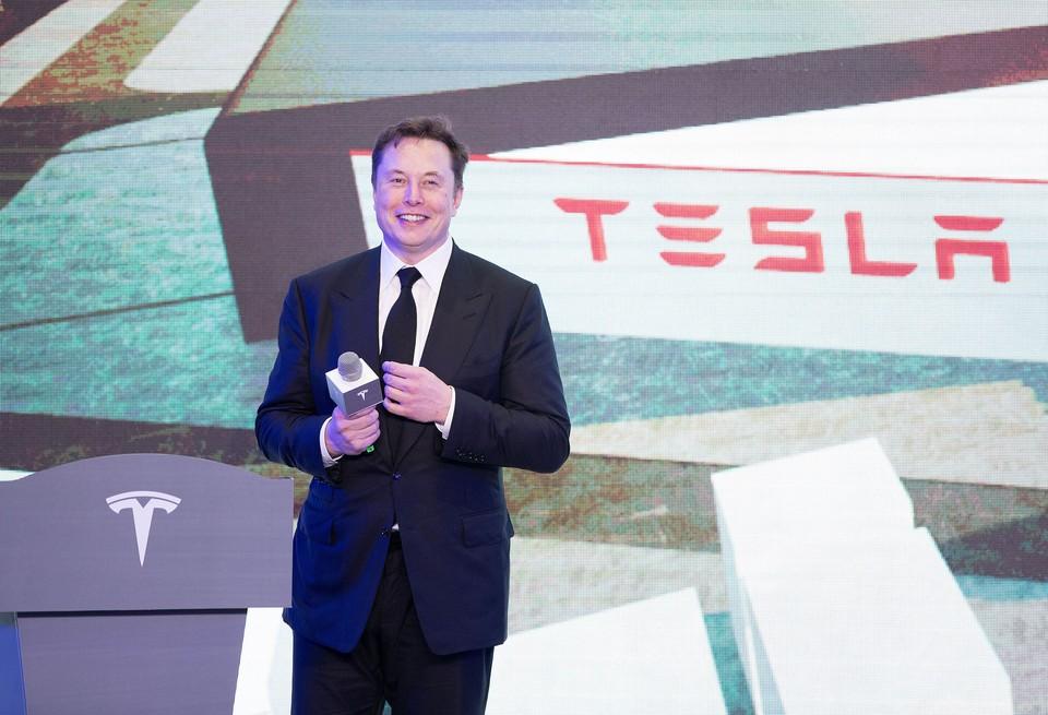 Илон Маск заявил, что человечество может гордиться кораблем Crew Dragon