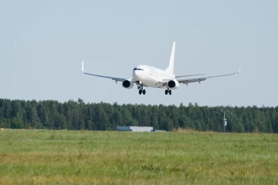 За курение в самолете, летевшем в Санкт-Петербург, 26-летнему уфимцу грозит штраф.