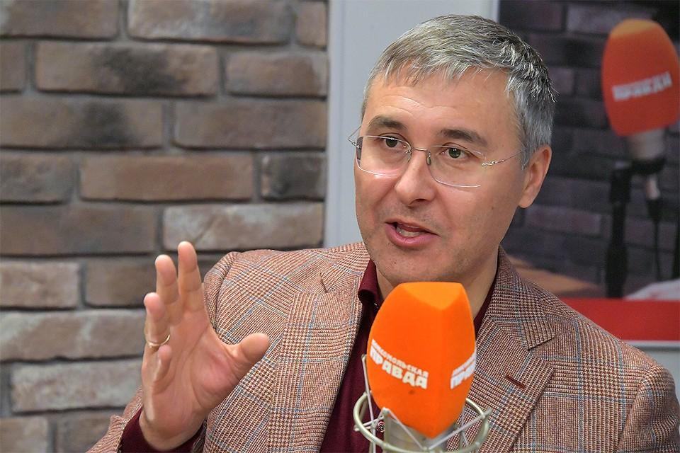 Министр науки и высшего образования Валерий Фальков на радио `Комсомольская правда`.