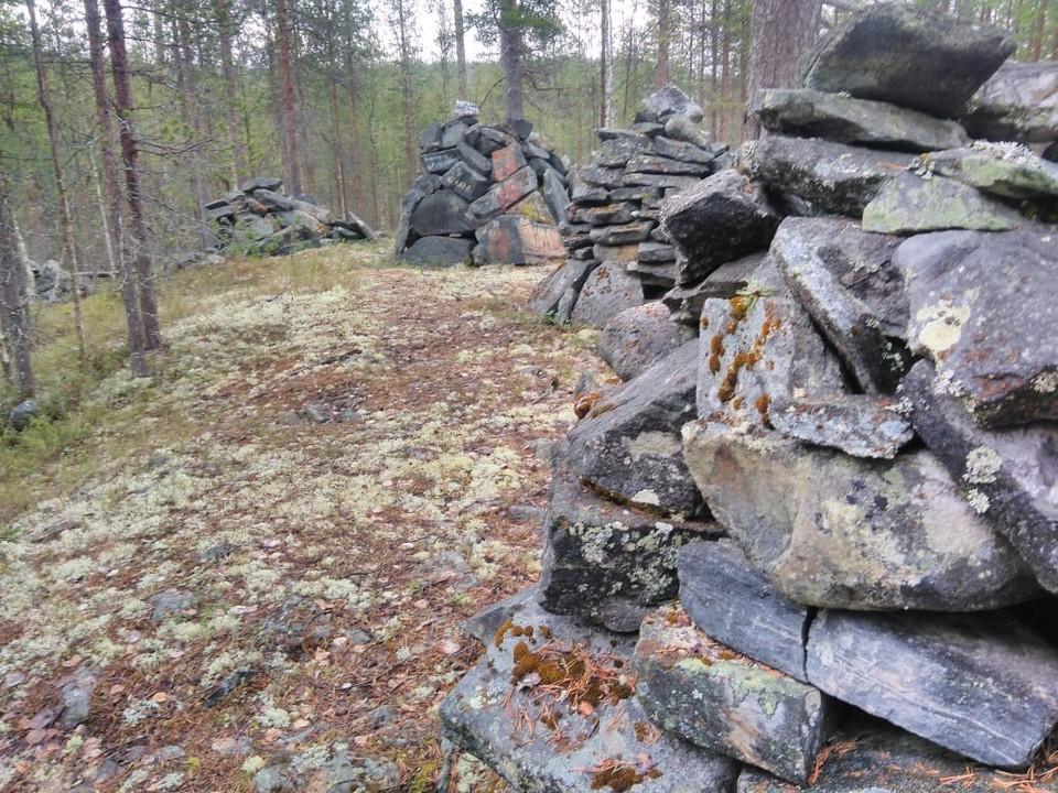 На землях Гипербореи обнаружена очередная каменная головоломка, оставленная нам древними. Фото: Хибины.Com