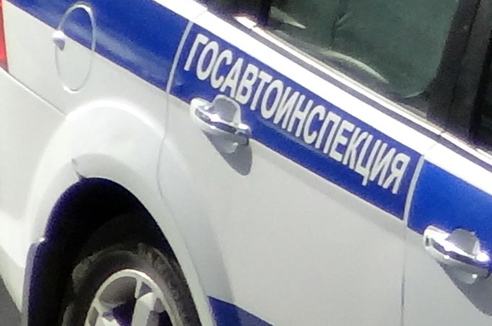 В Тюмени 4-летний мальчик попал под колеса машины.