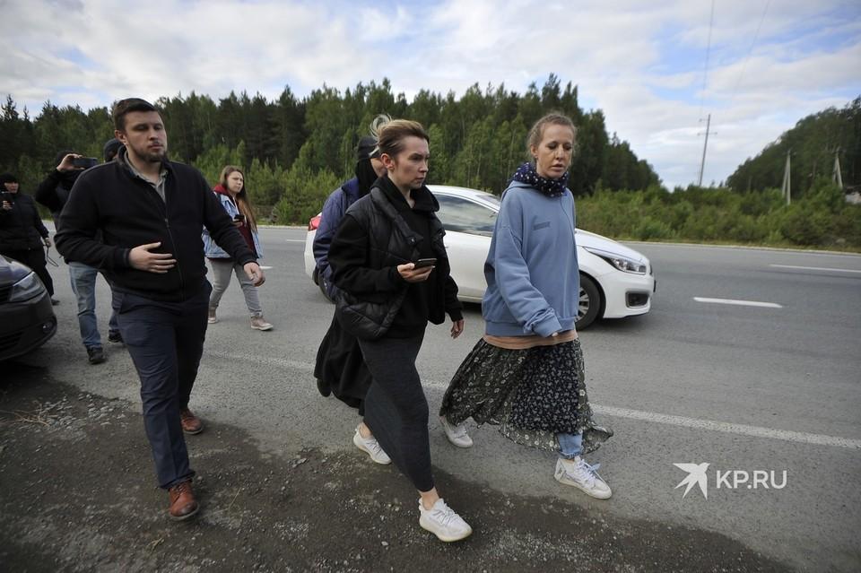 27 июня Ксению Собчак и ее съемочную группу избили на территории Среднеуральского женского монастыря.