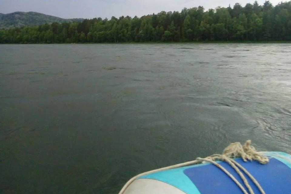 Саму лодку нашли в 10 км от места опрокидывания